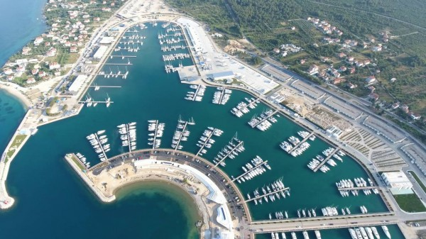Taxi Transfer from Split airport to Marina Sukosan